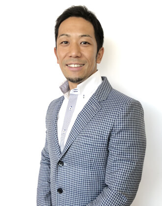 at ease代表 山田太平